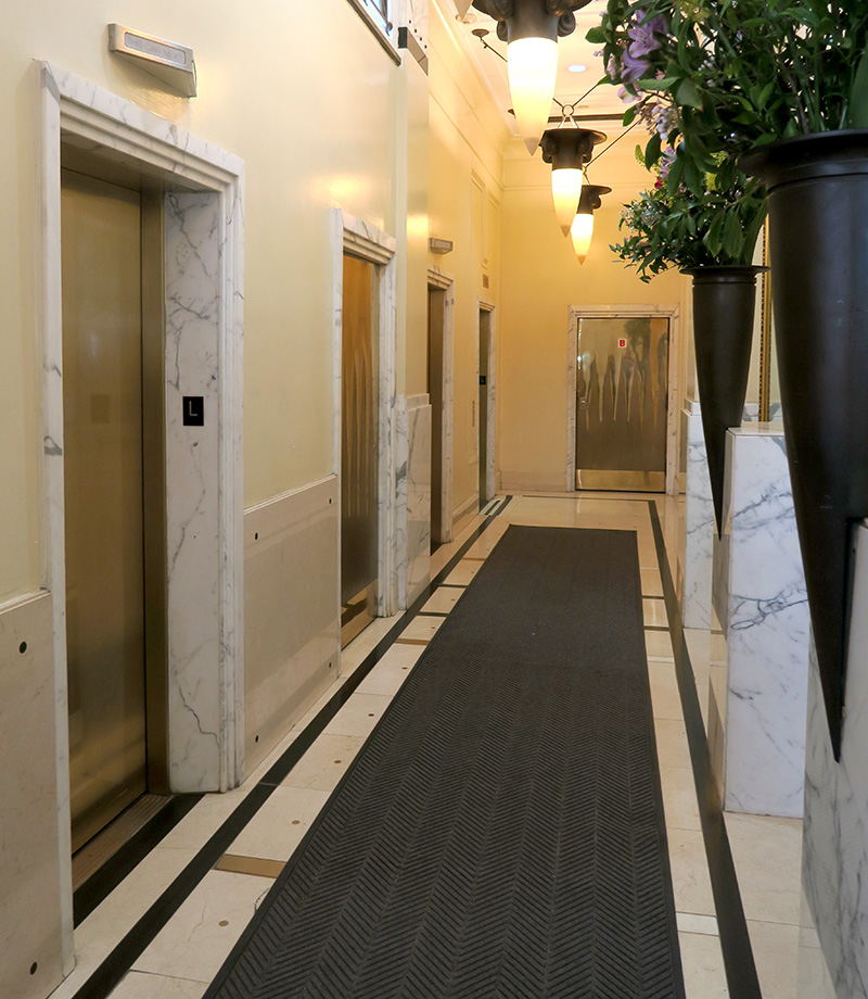 showroom for sublease