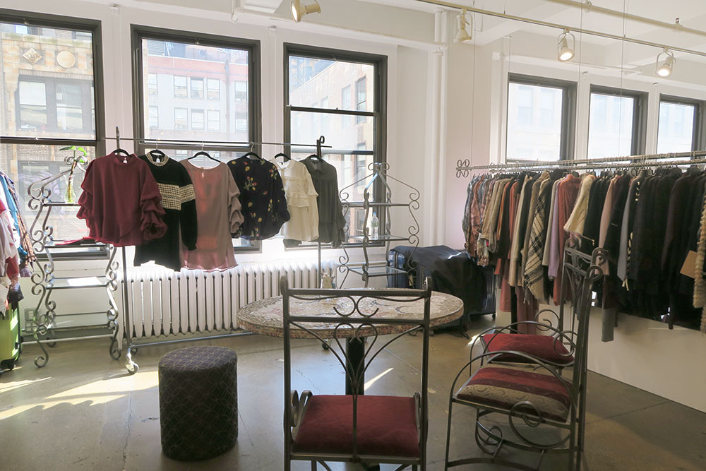 fashion showroom for rent