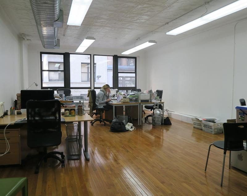 desk space available for sublease