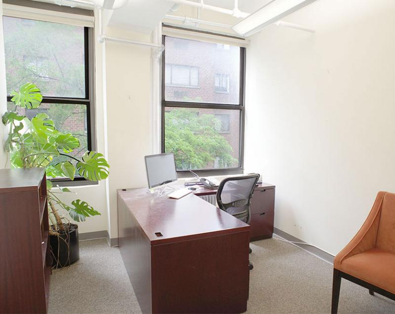 Move-in ready windowed office | office sublets