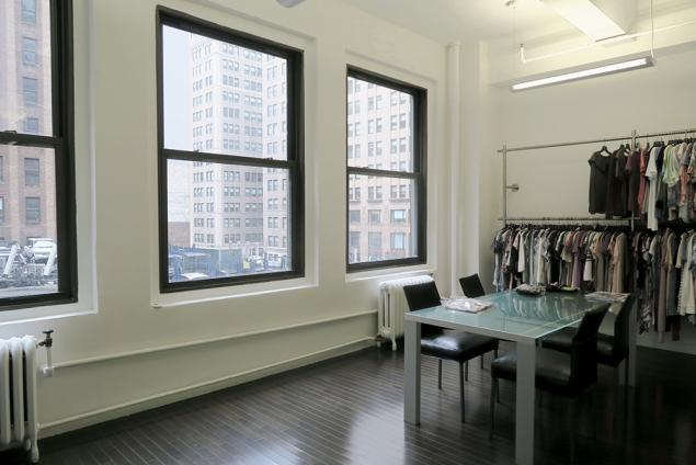 fashion showroom sublet seventh avenue