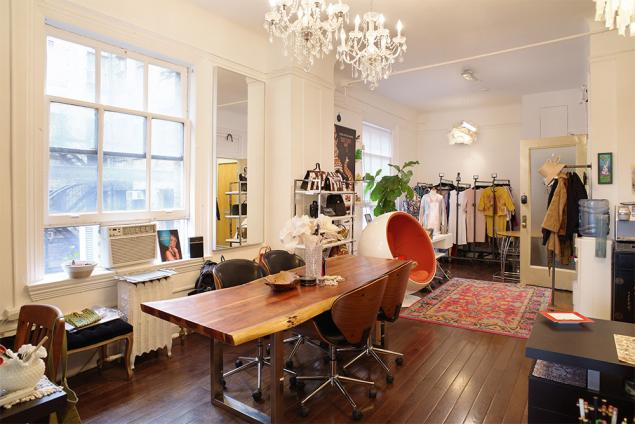 fashion showroom sublet