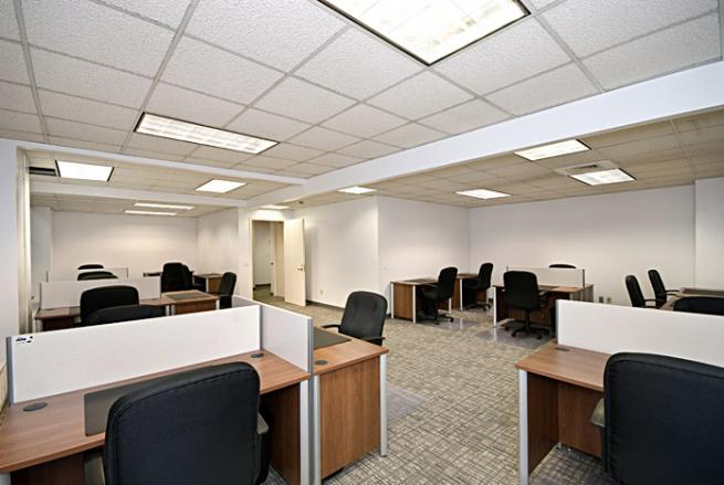 Office Space for Sublease in Business Center