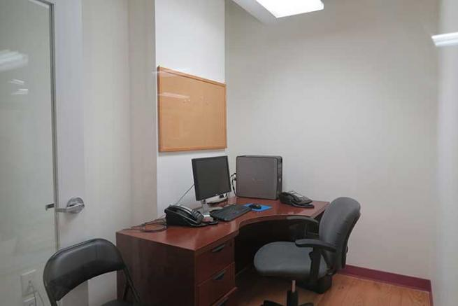 Glass Fronted Office for Rent
